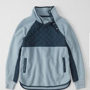 Abercrombie asymmetrical fleece. Size L.